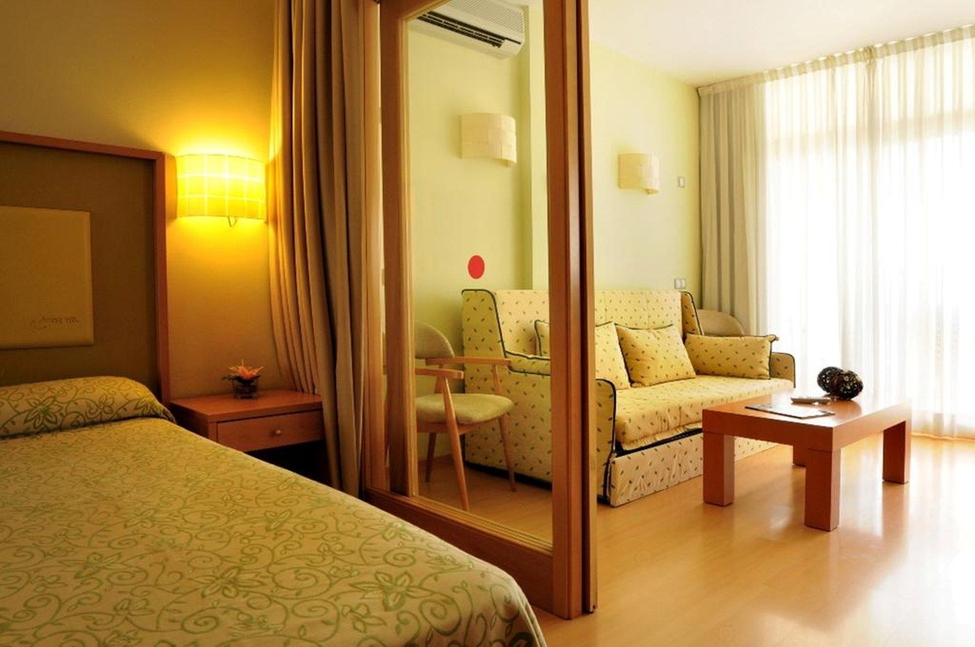 evenia olympic suites encuentra tu hotel de vacaciones. Black Bedroom Furniture Sets. Home Design Ideas