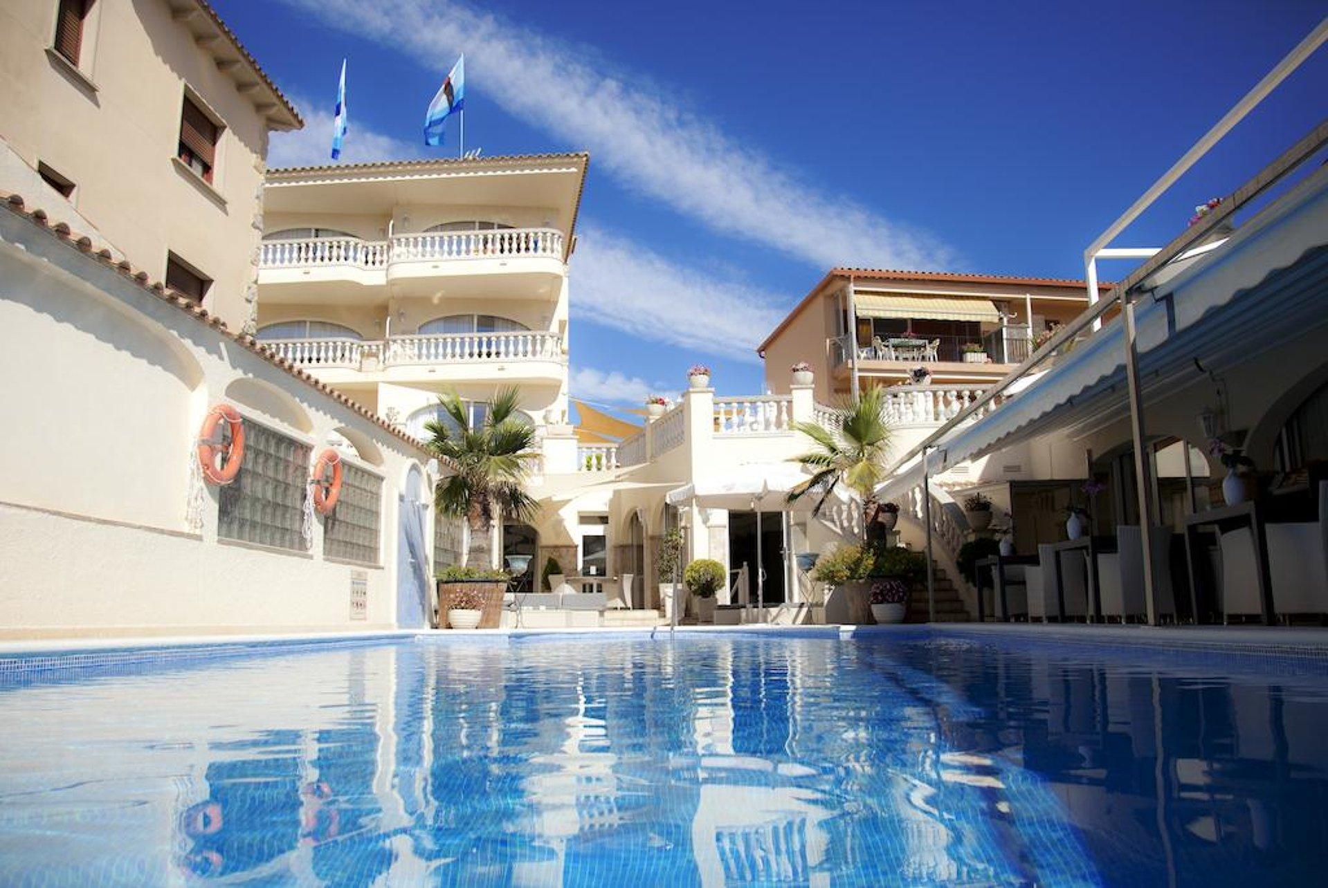 Van der Valk Hotel Barcarola