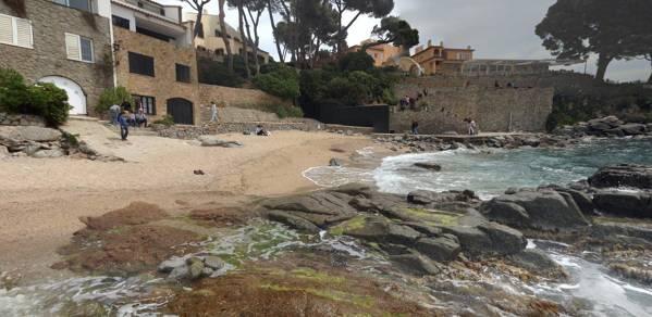 Platja Els Canyissos Calella de Palafrugell