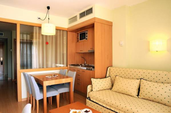 Evenia Olympic Suites - Lloret de Mar - Image 11