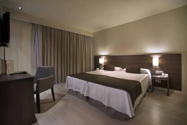 Hotel Mediterraneo Park - Roses - Image 4