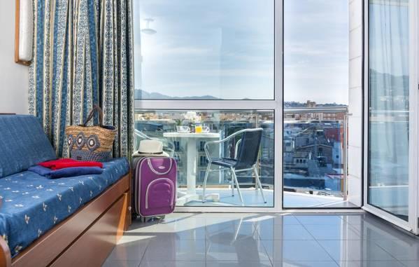 Blau Apartamentos - Lloret de Mar - Image 4