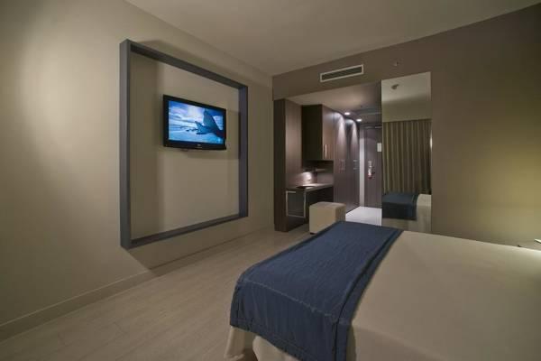 Hotel Mediterraneo Park - Roses - Image 6