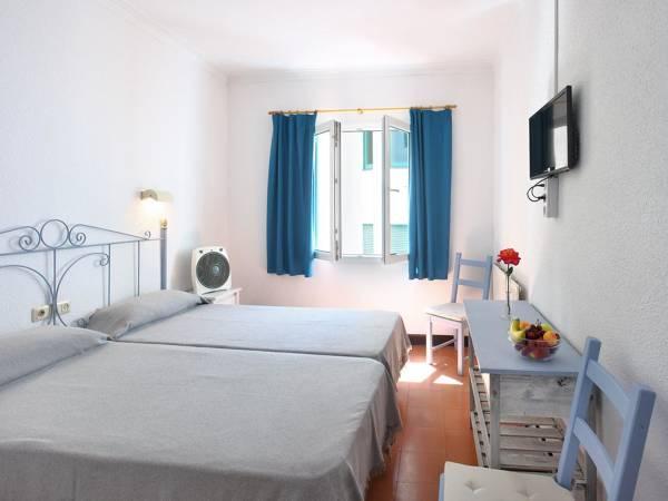 Hotel Caleta - Lloret de Mar - Image 1