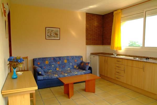 Apartamentos Famara - Lloret de Mar - Image 7