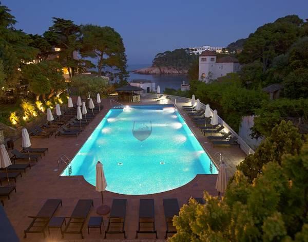 Hotel Aigua Blava - Begur - Image 1