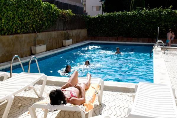 Apartamentos El Dorado - Lloret de Mar - Image 1