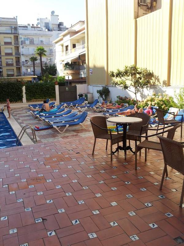 Hotel Castellà - Lloret de Mar - Image 3