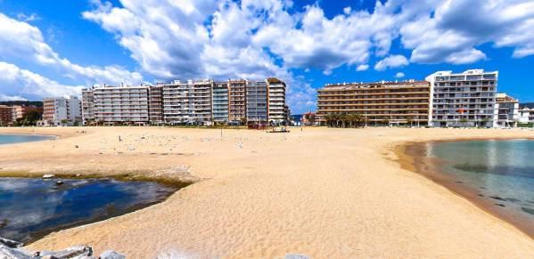 Sant Antoni beach
