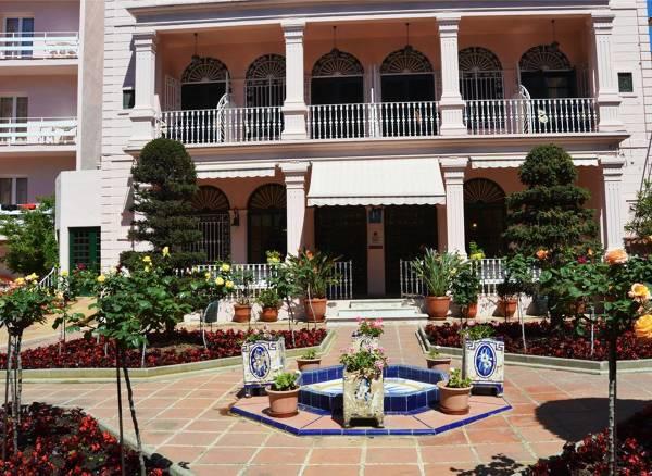 Hotel Guitart Rosa - Lloret de Mar - Image 2