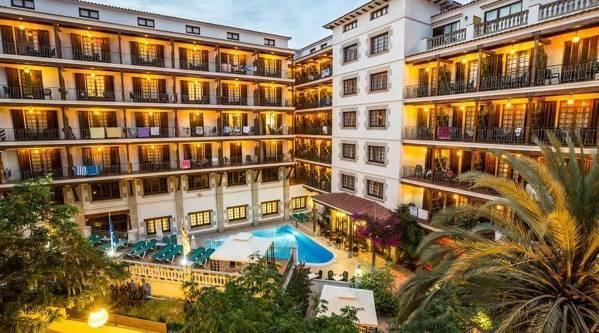 Hotel La Carolina Lloret de Mar