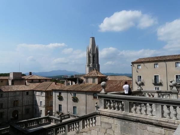 Gironac0e20-city-9288_1280.jpg
