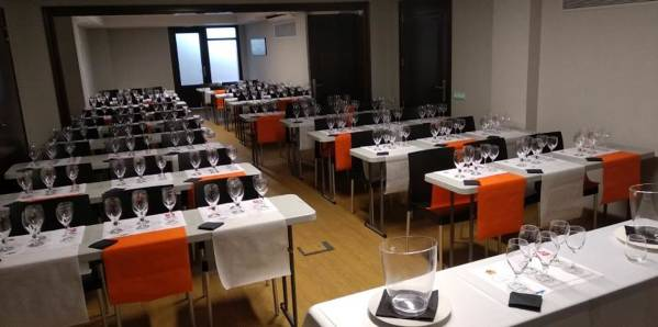 Hotel business school in Lloret de Mar