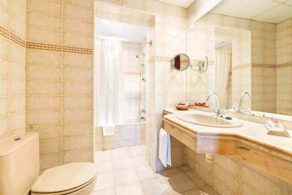 Hotel Guitart Rosa - Lloret de Mar - Image 13