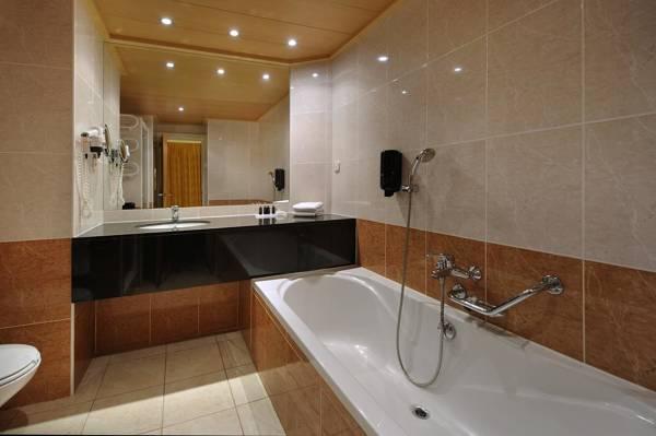 Van der Valk Hotel Barcarola - Sant Feliu de Guíxols - Image 5