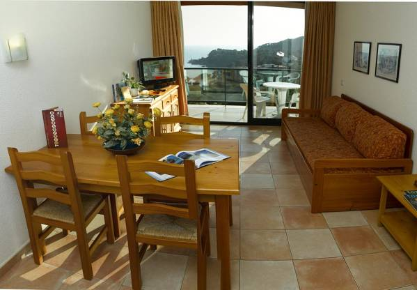Albamar Apartamentos - Lloret de Mar - Image 2