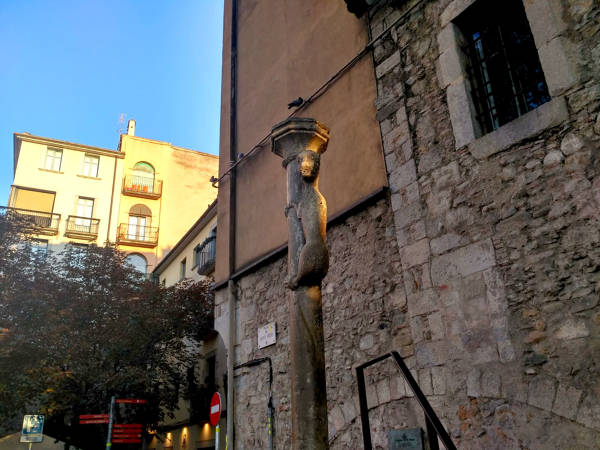 Culo de la leona Girona