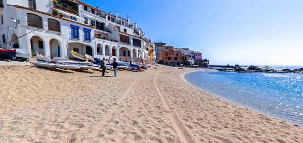 Port Bo o Platja de les Barques Calella de Palafrugell